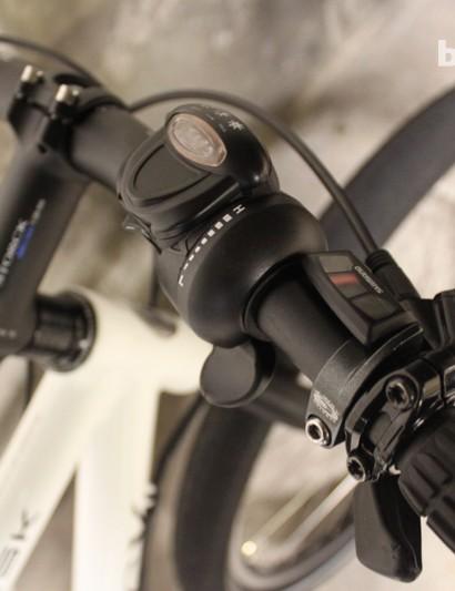 The simple thumb-shifter setup on the Multitask SE pedelec
