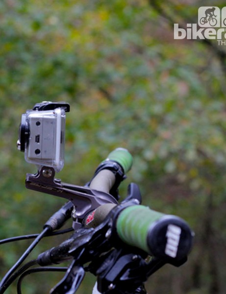 We used K-Edge GO BIG handlebar mounts for the cameras