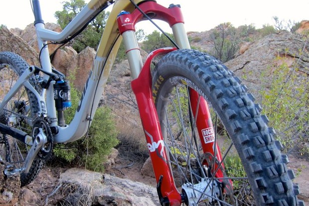 Short of graphics, the 2013 RockShox Lyrik DAP fork remains the same as it was in 2012