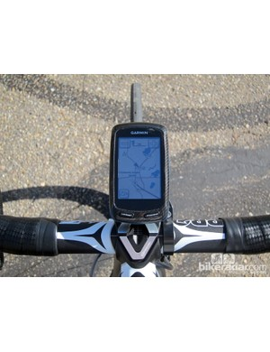 The existing Garmin Edge 800 can only be used in portrait orientation