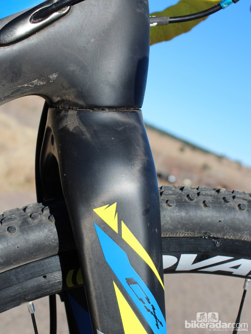 The Fuji Altamira CX 1.3's beefy fork has a 1.5in lower bearing and is well reinforced to handle the stress of disc brakes