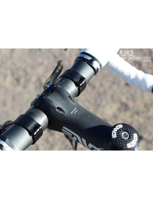 An ENVE stem rounds out the front end