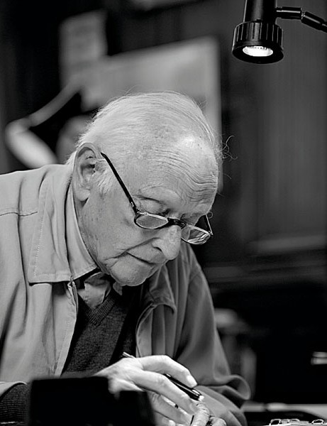 Dr Alex Moulton, CBE (1920-2012)