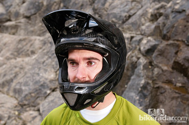 Specialized Dissident helmet