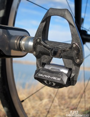 The Shimano Dura-Ace PD-9000 pedals are essentially unchanged from the previous version, apart from the addition of optional longer spindles and a new limited-rotation cleat