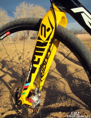 The beefy 4ZA Oryx carbon disc fork is impressively stout, yielding only slightly (but very symmetrically) under very hard braking. Housing is neatly routed up the backside of the leg
