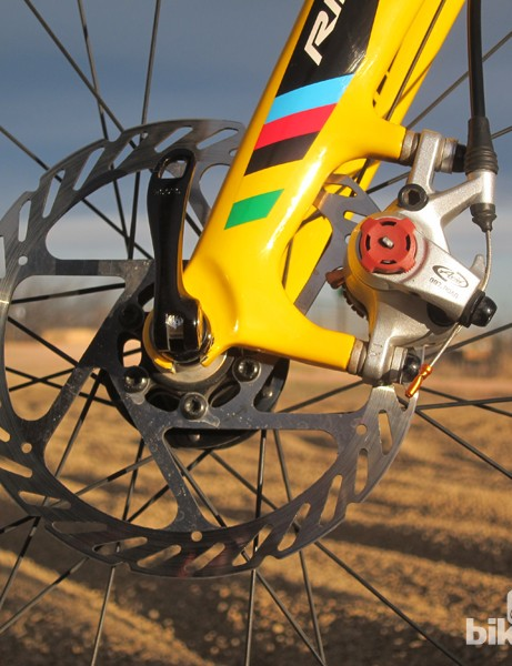 The 4ZA carbon fiber disc fork features post mounts sized for 160mm rotors
