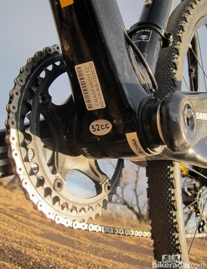 The down tube makes full use of the 68mm-wide bottom bracket shell