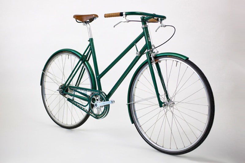 Tom Donhou made this townie for Alanna, a German rider