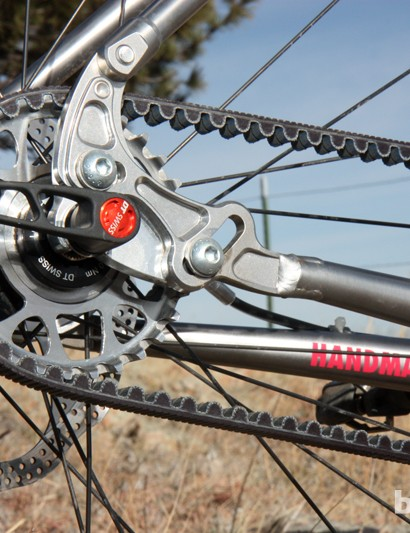 The Gates Carbon Drive toothed belt drive system is popular with commuters and singlespeeders for its quiet operation, almost maintenance free design, and light weight. But is it more efficient than a conventional chain? That depends