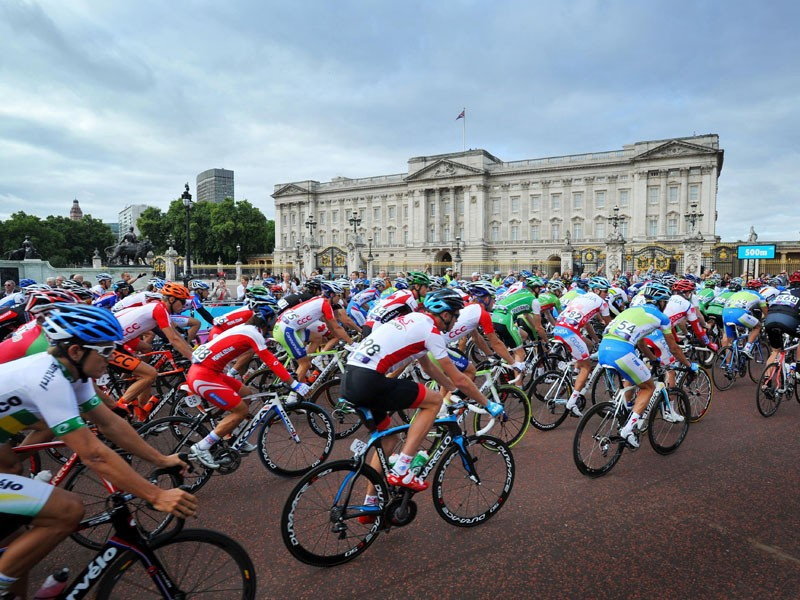 The RideLondon-Surrey100 is a 100 mile sportive that's a version of the 2012 Olympic road race course