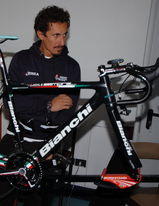 Pellizotti pictured behind his 2013 team bike