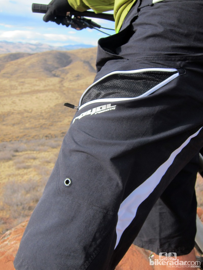 The meshed pocket of the Signature shorts can be zipped up or opened for controlled airflow