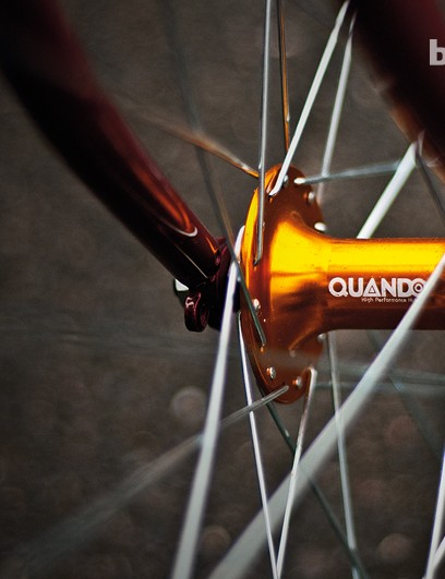 The Pitango's Quando hubs are good quality, although we weren't sure about the colour clash with the frame