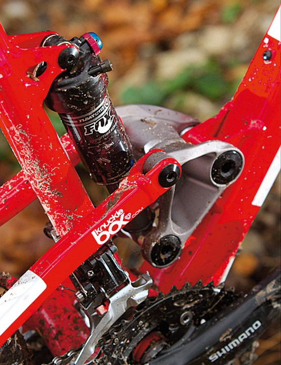 The theory behind putting the heavy  bits of the bike low in the frame (such  as with this Knucklebox linkage) is that it lowers the centre of gravity