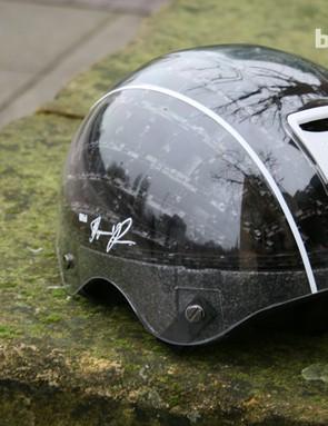 Abus Kranium cardboard helmet