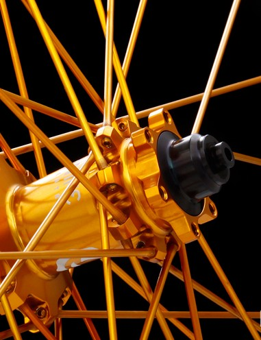 Industry Nine's new Trail and Trail 24 wheelsets still use large diameter, straight-pull aluminum spokes