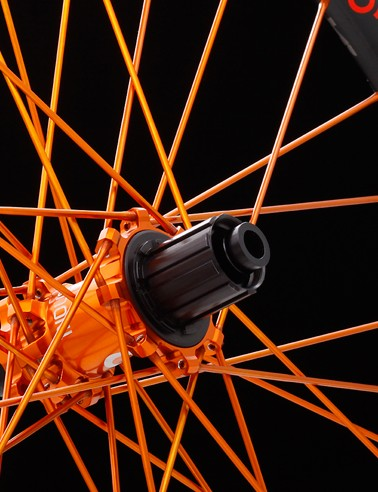 For an upcharge you can opt for silver, blue, gold, orange, pink, purple and green hubs and spokes