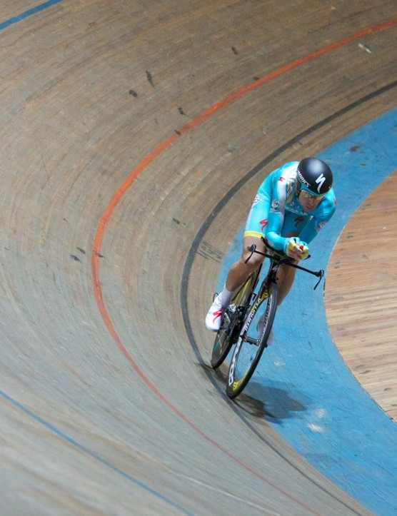 Nibali at speed on the track