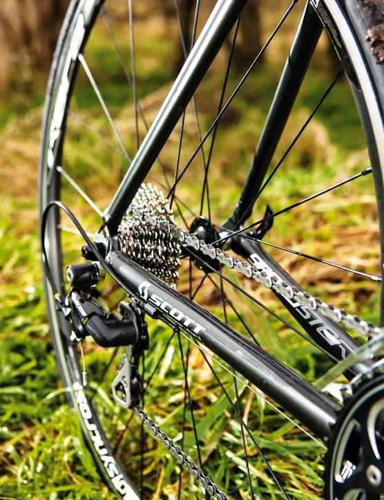 …and a set of fast handling semi-aero wheels