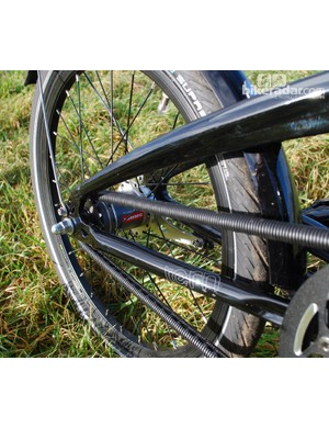 The chain protector and SRAM Automatix hub on the Tern Verge Duo