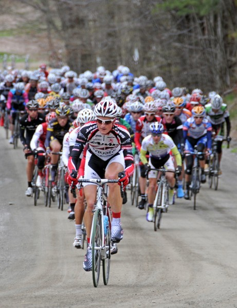The gran fondo will include 10 dirt sections