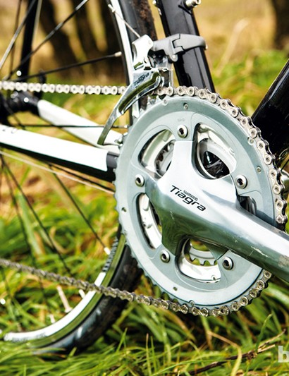 The triple chainset provides an excellent range of gears