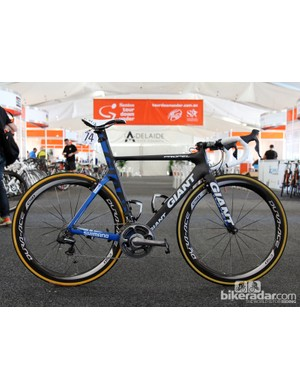 Sprinter Mark Renshaw (Blanco) is using Giant's brand new Propel Advanced SL aero road bike for this year's Tour Down Under