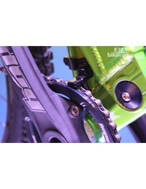 Hope seat clamp-mounted chain device