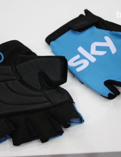Rapha Team Sky Pro mitts