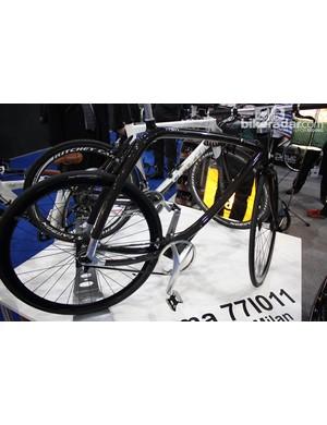 The Rizoma Metropolitan bike goes without a seat tube