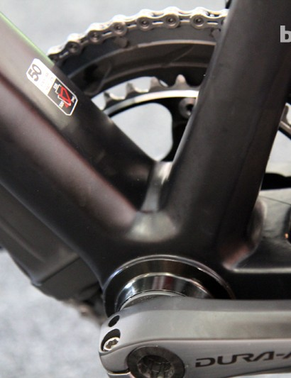 BMC once built the TeamMachine SLR01 with a BB30 bottom bracket shell but has now switched to a BB86 setup with bonded-in aluminum adapter cups