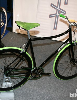 Foffa Ciao: chromoly 4130 double butted tubed frame with a track crankset and wheelset. Yours for £784