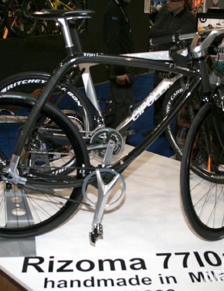 This bike, bearing Italian motorcycle company Rizoma's branding, was on display at Velorution's stand