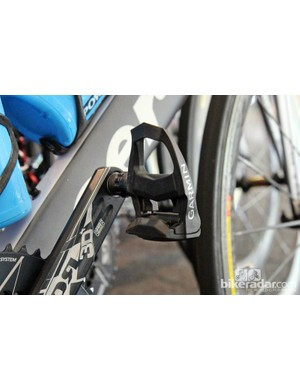 This story is getting old: Garmin pedals but no Garmin power meters on the Garmin-Cervélo team bikes