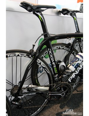 While the Sky team brought older Pinarello Dogma 2 models, Movistar is using the newer Dogma 65.1 Think2 at the Tour Down Under
