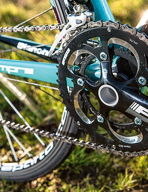 The BB30-compatible FSA chainset offers shifting equal to its Campagnolo counterpart