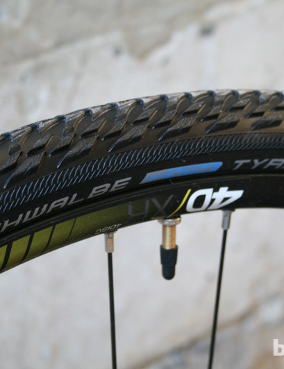 The 37mm Schwalbe Tyrago tyres are usefully treaded to disperse water and muck