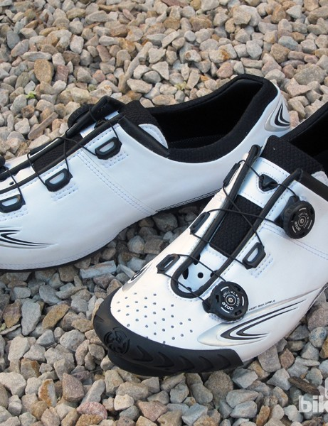 The graphics and overall construction methods are similar to the old Bont Vaypor but otherwise, the Vaypor+ is an all-new shoe