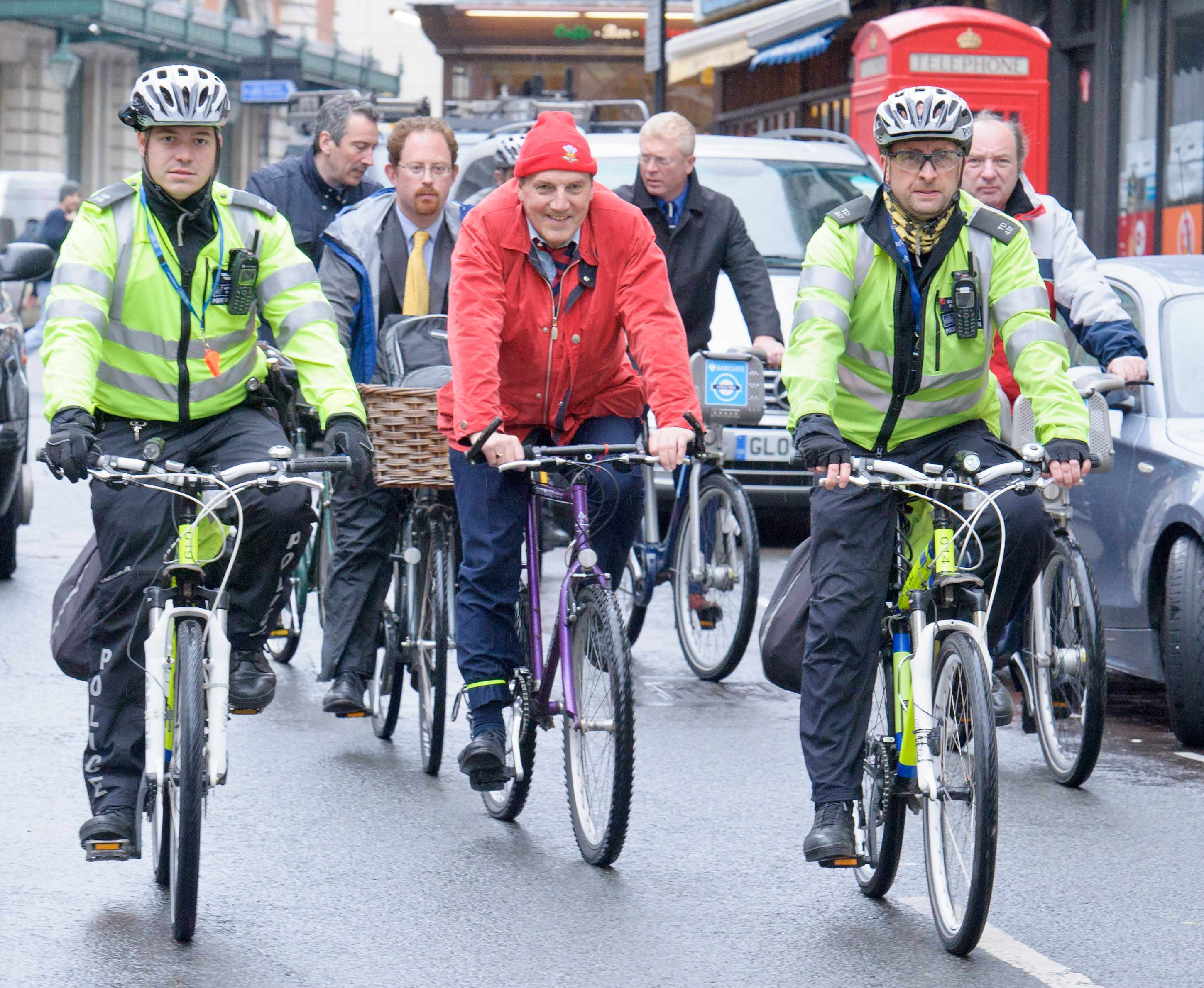 Julian Huppert (far right) is co-chair of the All Party Parliamentary Cycling Group, responsible for the wide-ranging investigation into UK cycling