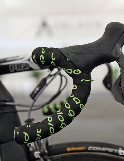 Shimano Dura-Ace Di2 levers are mounted to PRO PLT Compact 2 handlebars