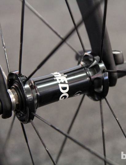 The sleek straight-pull front hub on Shimano's new 50mm-deep Dura-Ace carbon tubular wheels
