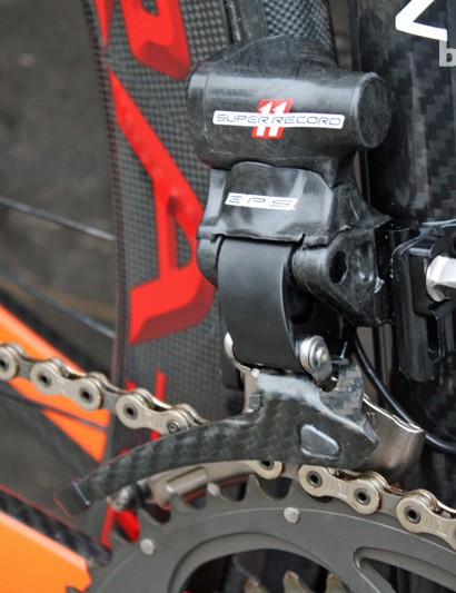 There's Campag EPS up front too. The C59 also runs a chain catcher from K-Edge (not pictured)