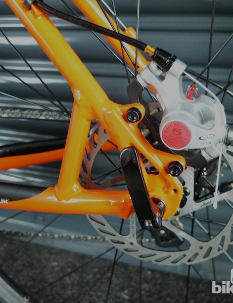 Avid's BB5 mechanical disc brakes complete the cyclocross-style package