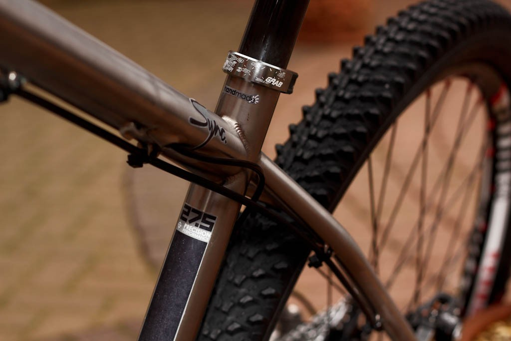 Small sized frames are made for 650b wheelsize, while medium and large models use 29in wheels