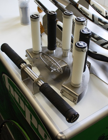 Hope's new UK-made grips were announced at Core. They'll set you back £25 and are available in black/white, with red and green colours in the pipeline for their release in March 2013