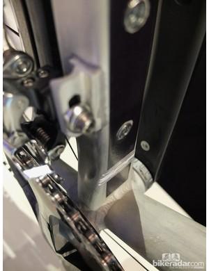 The rectangular Superplastic formed seat tube gives the BB386 EVO bottom bracket plenty of support