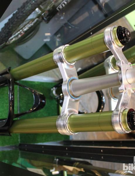 DVO Suspension Emerald inverted downhill fork