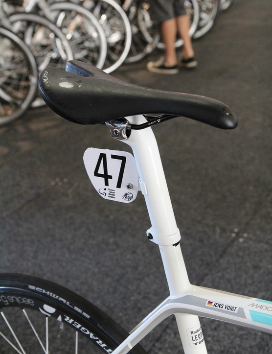 Custom team-only seatmast heads are equipped with bonded-on number plate holders