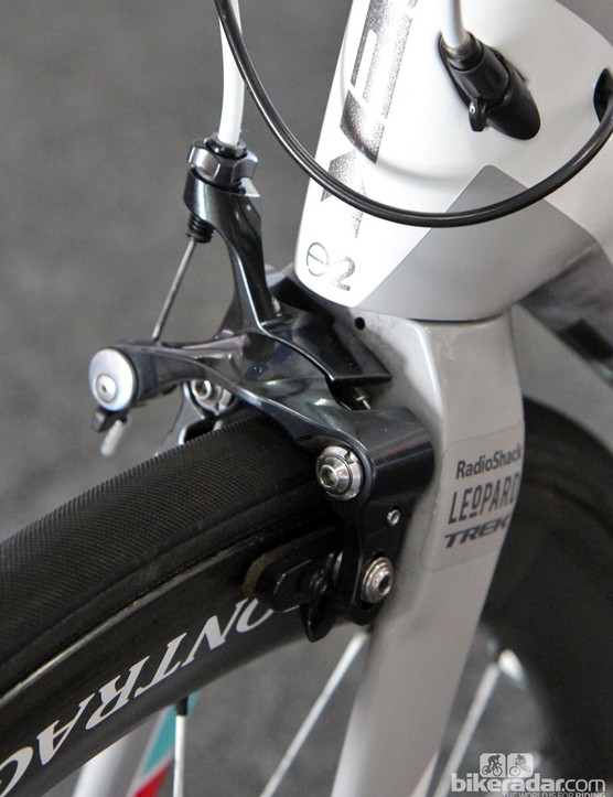 The Shimano Dura-Ace direct-mount brake looks a bit odd here. The space is more thoroughly filled out by the consumer-spec Bontrager version